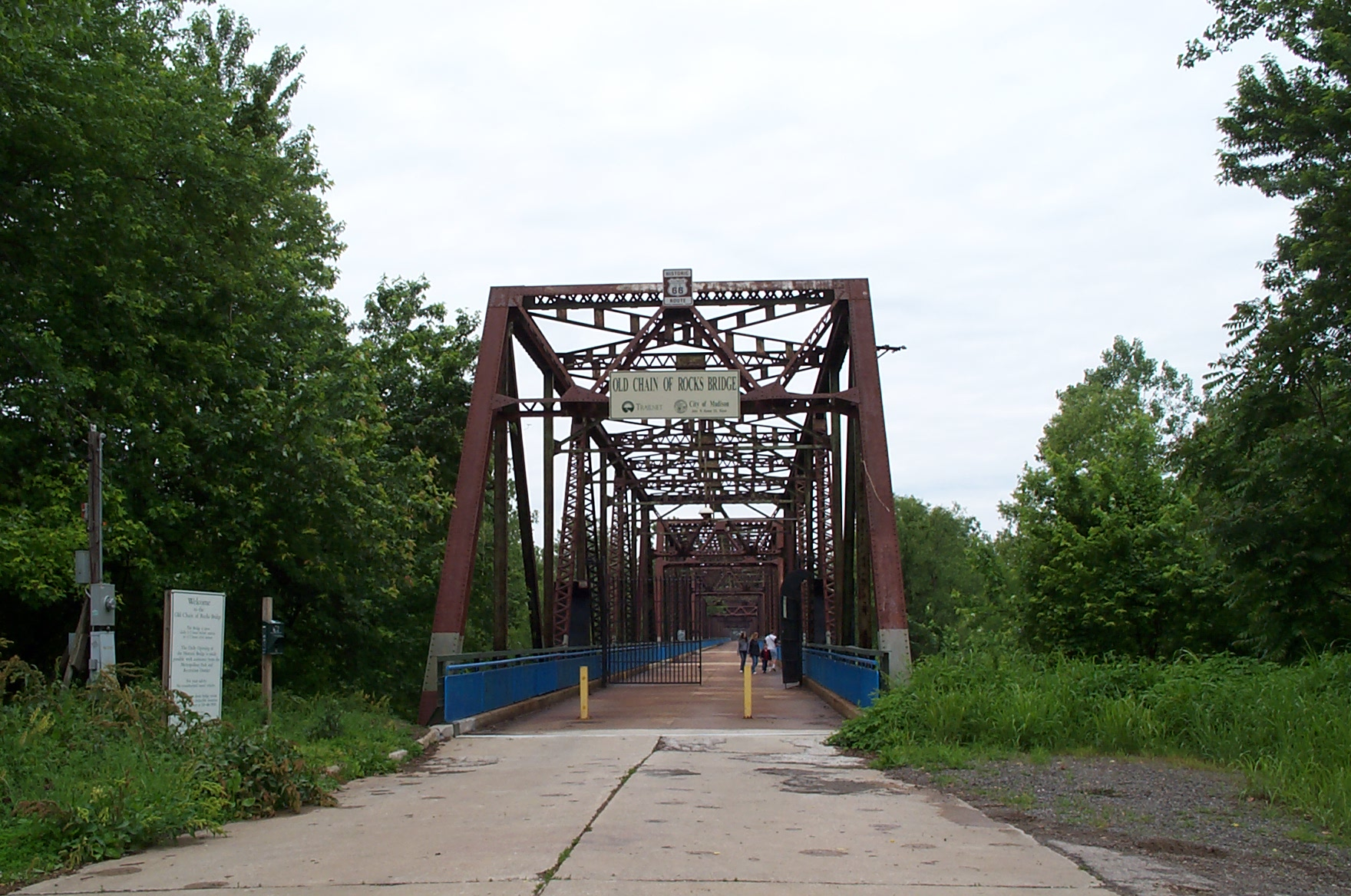 Chain of Rocks Bridge - Route 66
