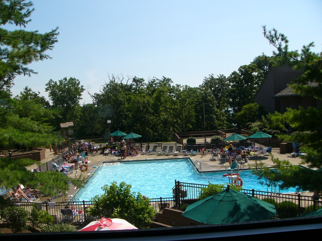 Ohio 39 s deer creek state park and lodge the makes words - Campgrounds in ohio with swimming pools ...